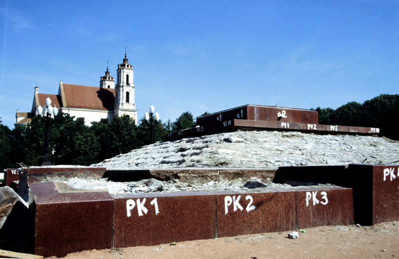 Demontiertes Lenindenkmal in Vilnius, August 1991